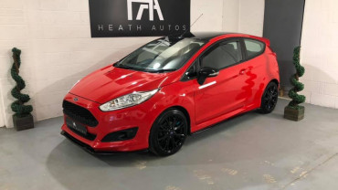 Ford Fiesta 1.0 T EcoBoost Zetec S Red Edition
